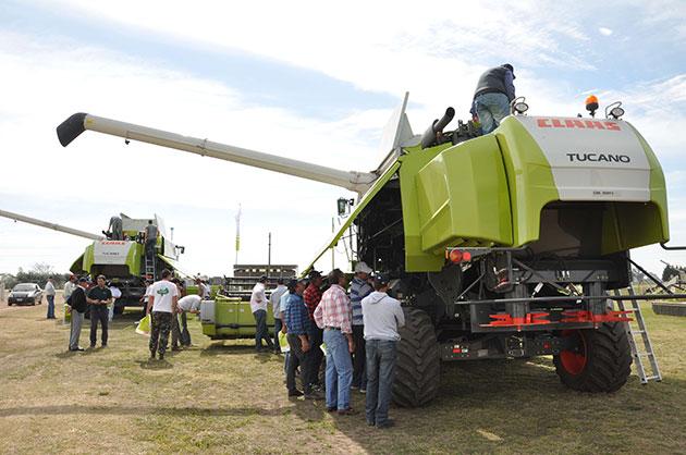 cosecha ameghino 2016 1 La TUCANO 560 aprobó su examen a campo