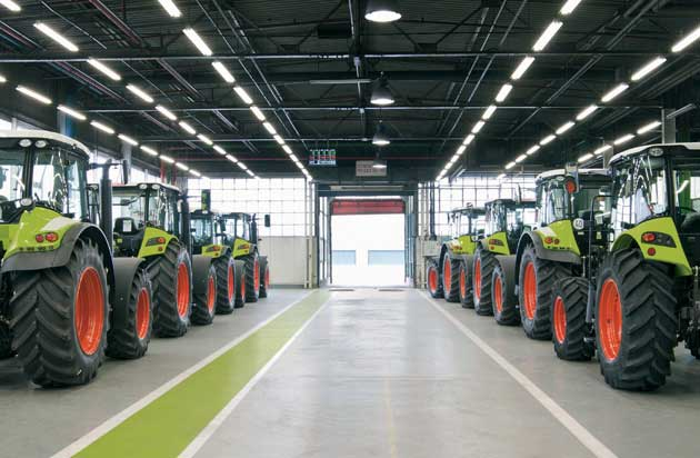 production lemans 01 opt CLAAS fabricó su tractor número 100.000
