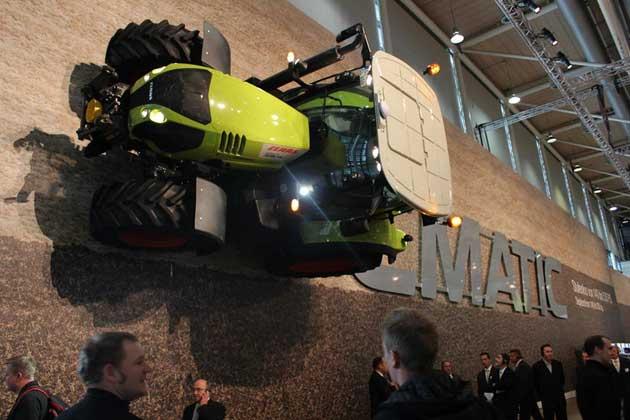 tractor opt CLAAS sí es profeta <br> en su tierra
